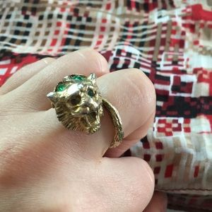 Jewelry - Gold Lion & Tail Ring w/ Green Stones